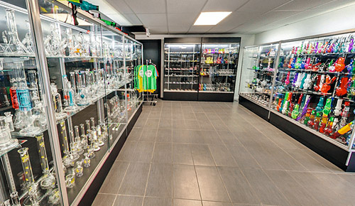 Huge selection of smoking products - Smokers Haven Laconia
